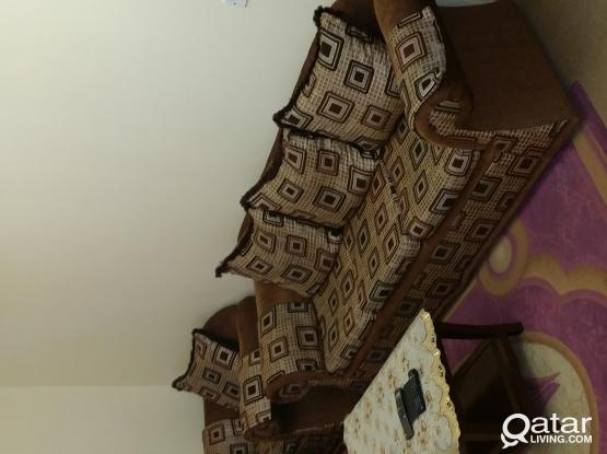Sofa Set 3+2+1+1 in very good condition